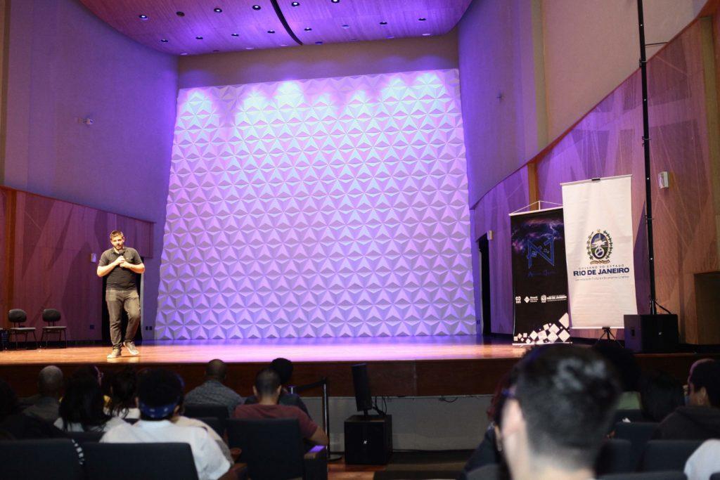 Wanderson Sckrock apresenta as oportunidades da tecnologia