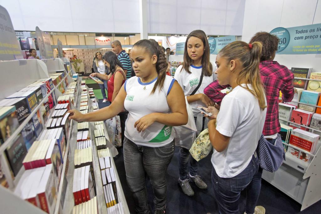 SECEC-40-mil-alunos-Bienal
